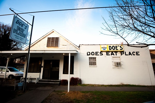 Does Eat Place Greenville